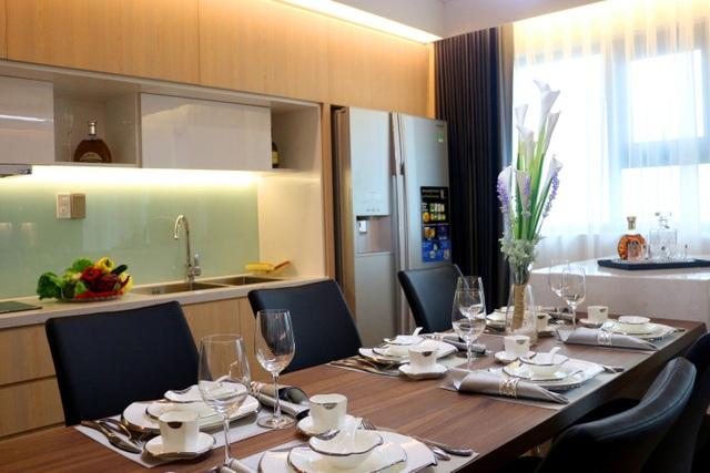 Hình ảnh thực tế căn hộ mẫu Mỹ Đình Plaza 2 – Nội thất chất lượng như sàn gỗ nhập khẩu Thái Lan, , thiết bị điện Panasonic, khóa Adell 4 lớp,…
