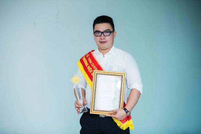 Doanh nhân trẻ Nguyễn Đức Tân – CEO TS Group tự hào và vinh dự khi được người tiêu dùng bình chọn sản phẩm giảm cân an toàn Sen Slim là Top Thương hiệu được nhiều người tiêu dùng thông minh lựa chọn hiện nay