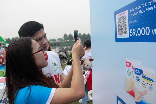 Phương thức từ thiện quét mã QR mua hàng đóng góp vào quỹ Nhịp Tim Việt Nam