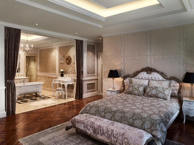 Thanh lịch và tinh tế là những gì khách hàng cảm nhận được khi đến với căn hộ Giusti Potors tại D'. Palais Louis