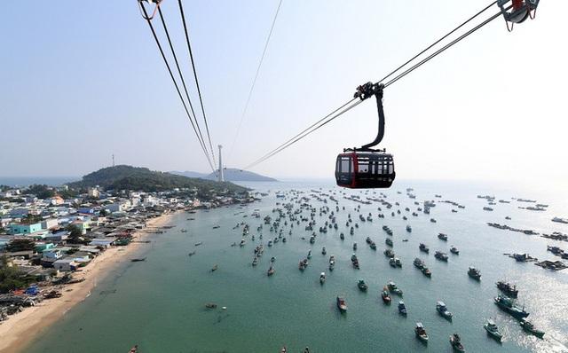 Tuyến cáp treo dài nhất thế giới tại Phú Quốc chính thức vận hành - 1