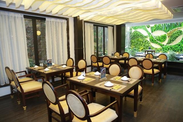 Không gian Nhà hàng Chay Vị Lai mang tới cảm giác thư thái, an yên