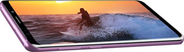 Galaxy S9/S9+ luôn luôn xứng đáng với danh hiệu smartphone có thiết kế đẹp và hấp dẫn nhất từ trước đến nay.