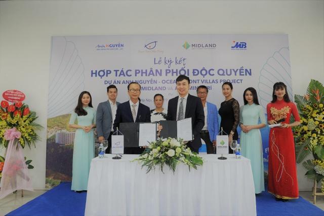 Lễ kí kết hợp tác phân phối độc quyền dự án Anh Nguyễn Ocean Pront Villas - 1