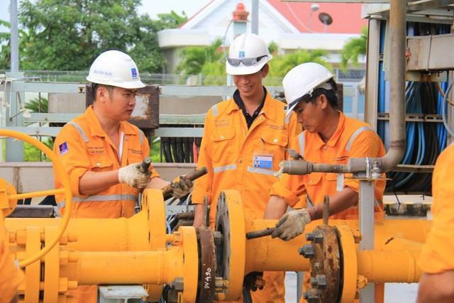 KCM xử lý sự cố tại trạm tiếp bờ PM3 – Cà Mau: Đề cao tinh thần vì người dân và môi trường sống - 2