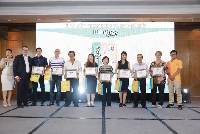 Neovia Việt Nam tri ân những khách hàng thân thiết trong Lễ ra mắt bao bì và nhãn hiệu mới Minino Yum