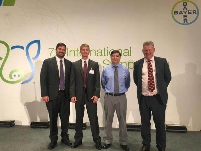 Các chuyên gia đầu ngành tham dự Hội thảo khoa học Quốc tế về Chăn nuôi heo lần thứ 7 do Bayer tổ chức trong khuôn khổ IPVS 2018 (Từ trái sang: Octavio Orlovsky Ekchardt, Giám đốc Tiếp thị mảng chăn nuôi heo thuộc nhánh Thuốc Thú y, Bayer; Tiến sĩ Luiz Felipe Lecznieski, Giám đốc Khoa học Thú y Toàn cầu về Heo thuộc nhánh Thuốc Thú y, Bayer; Tiến sĩ Juan Carlos Pinilla, PIC Global Technial Services, Hoa Kỳ và Tiến sĩ John Carr, Trợ giảng Cao cấp Đại học James Cook tại Úc và Howells Veterunary Services tại Vương Quốc Anh)