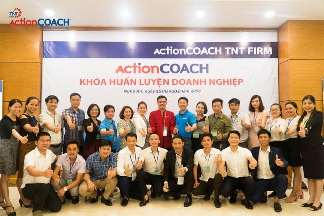 (Những học viên đầu tiên của actionCOACH TNT tại Nghệ An)