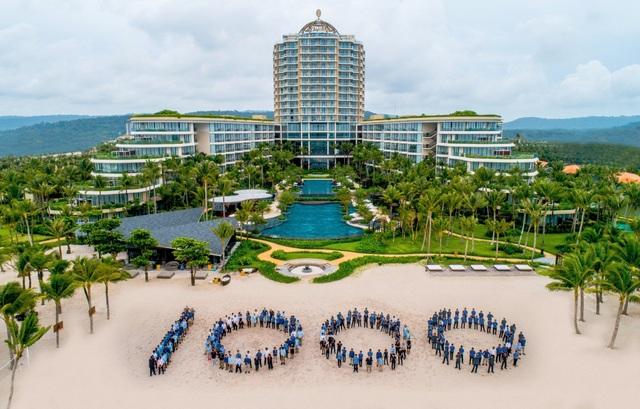 Khu nghỉ dưỡng InterContinental Phu Quoc Long Beach Resort chính thức đi vào hoạt động - 1
