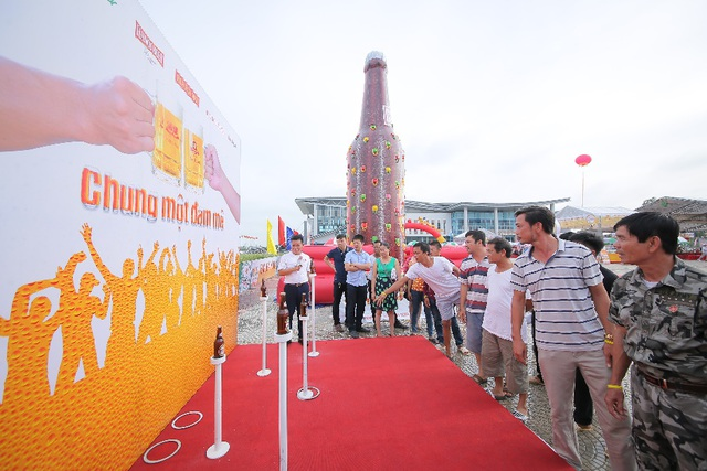 """Đổ bộ xứ Thanh, ngày hội Bia Hà Nội """"hạ nhiệt"""" nắng hè - 2"""