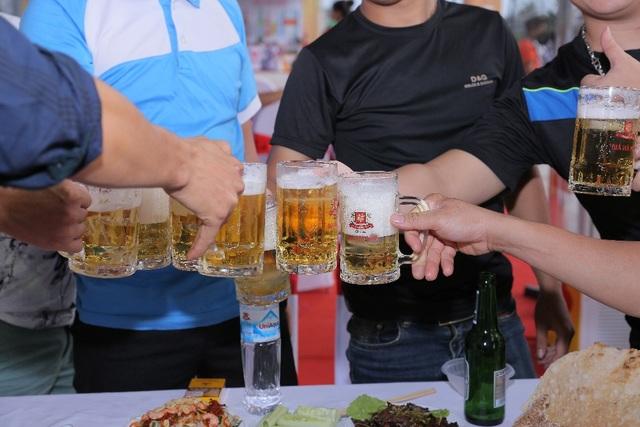"""Đổ bộ xứ Thanh, ngày hội Bia Hà Nội """"hạ nhiệt"""" nắng hè - 3"""