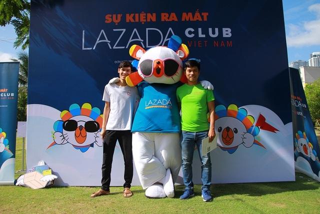 CLB Nhà bán hàng Lazada được hưởng ứng tham dự với các thành viên đa dạng về độ tuổi và kinh doanh đa dạng về mặt hàng