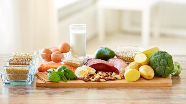 """Bằng việc áp dụng """"Đĩa dinh dưỡng"""" này, bạn và gia đình sẽ có những bữa ăn lành mạnh hơn mà không phải ghi nhớ phức tạp, hoặc tốn quá nhiều thời gian chuẩn bị."""