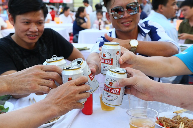 """""""Đại tiệc"""" Ngày hội Bia Hà Nội lần đầu tiên tổ chức tại Nam Định - 3"""
