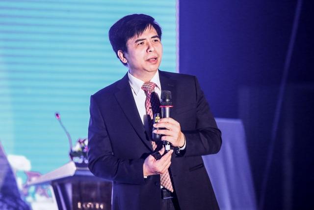 Ông Đoàn Văn Hiển – Giám đốc ban thiết bị điện Trung Hạ Thế phát biểu khai mạc hội thảo