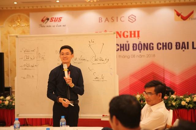 Ông Vũ Văn Khoa – Nguyên TGĐ Tập đoàn CEO Việt Nam – Cố vấn chiến lược tập đoàn Basics Châu Á Thái Bình Dương chia sẻ tại họp báo các Đại lý tại Hải Dương.