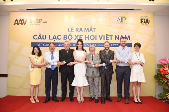 Lễ ra mắt câu lạc bộ xe hơi Việt Nam AAV
