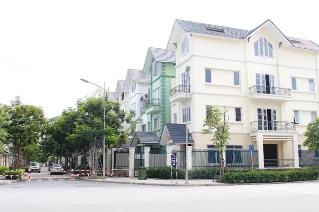 An Khang Villa thừa hưởng không gian sống trong lành, thoáng mát từ công viên Thiên văn học hướng hồ điều hòa diện tích 12ha.