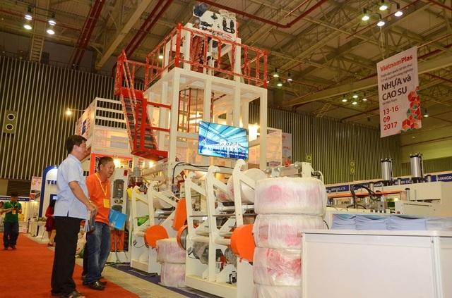 Doanh nghiệp quốc tế quan tâm ngành nhựa Việt Nam - 1