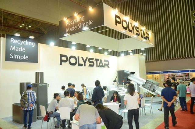 Nhà sản xuất máy tái chế nhựa Polystar mang đến triển lãm những sản phẩm đa dạng: máy tái chế chất lượng cao, máy thổi màng và máy làm túi