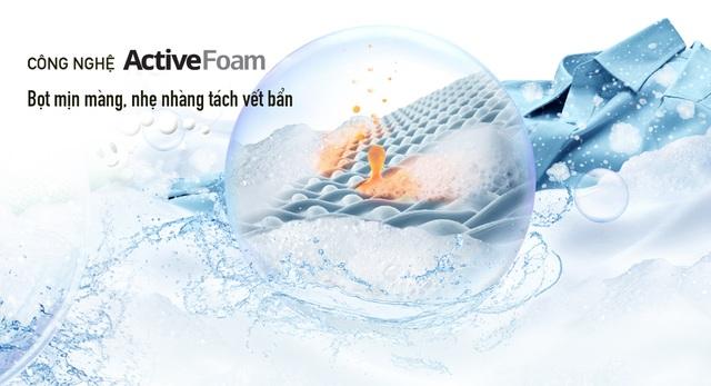 Công nghệ Active Foam tạo bọt mịn màng, đánh bay mọi vết bẩn