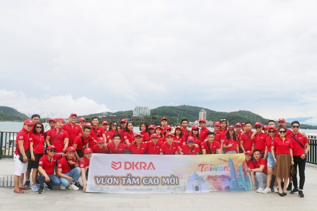 """Tháng 6/2018, đoàn DKRA Vietnam trải nghiệm Đài Loan, nơi được mệnh danh là """"con rồng Châu Á"""" với sự phát triển kinh tế vượt bậc."""