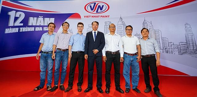 Sơn Việt Nhật - Sản phẩm chất lượng Nhật, giá Việt - 3