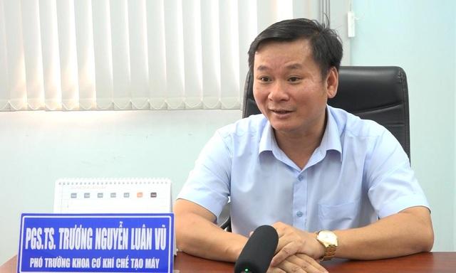 PGS.TS. Trương Nguyễn Lân Vũ khuyên NTD nên lựa chọn cửa cuốn đồng bộ từ các thương hiệu uy tín
