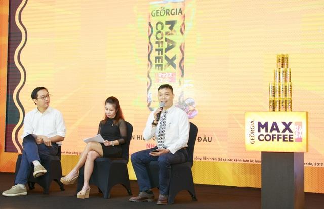 Đại điện Coca-Cola chia sẻ về lợi thế của sản phẩm tại thị trường Việt Nam từ chuỗi quản lý chất lượng sản phẩm, giá cả cạnh tranh và hệ thống phân phối đa dạng tại sự kiện ra mắt.