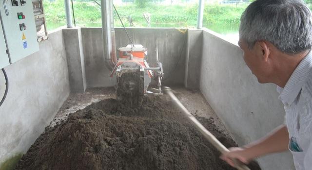Máy tách ép phân tại trang trại của ông Bùi Đức Luận