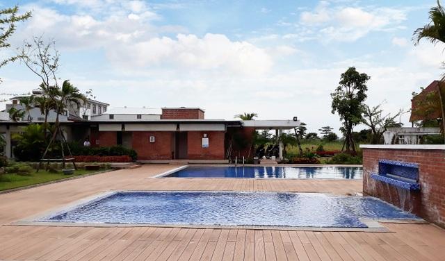 Khu bể bơi tại cụm công nghiệp dịch vụ làng nghề Apec Đa Hội