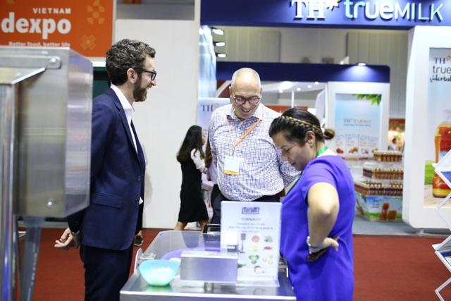 Nhiều nông sản, thực phẩm mới lạ, sạch xanh tại Vietnam Foodexpo 2018 - 3