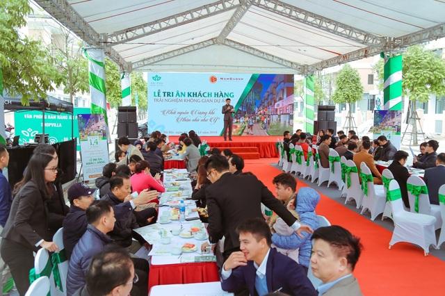 Nhiều phần quà giá trị đã được trao trong sự kiện Tri ân khách hàng dự án An Phú Shop-villa
