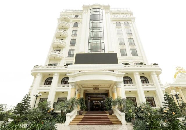 Tổ hợp ẩm thực Trống Đồng Hoàng Gia - Khu nhà 9 tầng