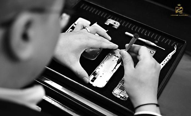 9 năm khẳng định thương hiệu Hoàng Luxury giữa thị trường Nokia 8800 - Ảnh 1.