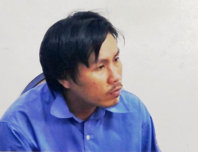 Lái xe buýt Phạm Hồng Tư tại cơ quan công an