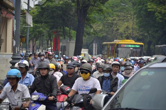 Thời điểm xảy ra kẹt xe không ghi nhận có va chạm giao thông hay sự cố nào về giao thông.
