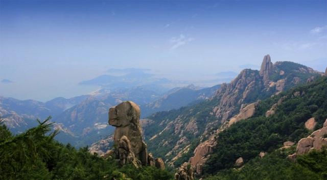 Vẻ đẹp của núi Lão Sơn