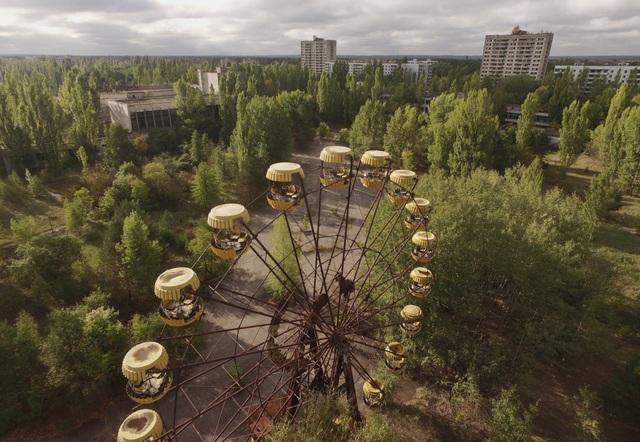 Vẻ đẹp bí ẩn của những công trình bỏ hoang trên khắp thế giới - 3
