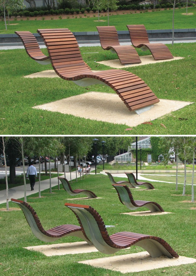 Những chiếc ghế đặc biệt không có chân ở khuôn viên của trường Đại học Sydney, Australia.