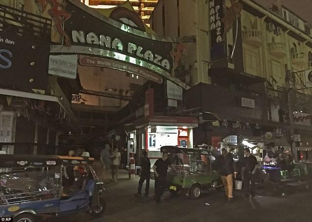 Nhiều khách du lịch tỏ ý nuối tiếc bởi không được thưởng thức không khí sôi động ở Thái Lan như dự định.