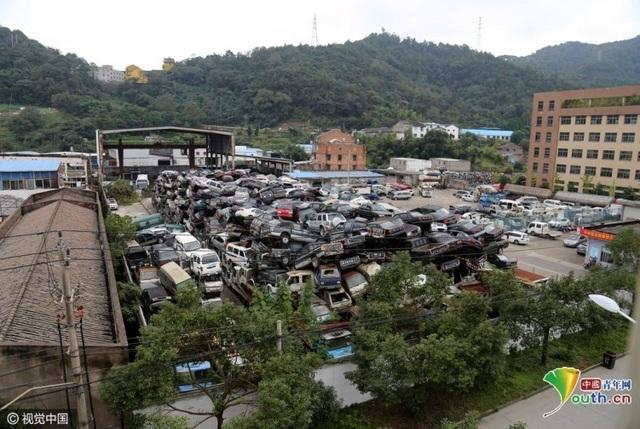 Xe hỏng hay quá hạn sử dụng đều được thu gom về bãi phế liệu