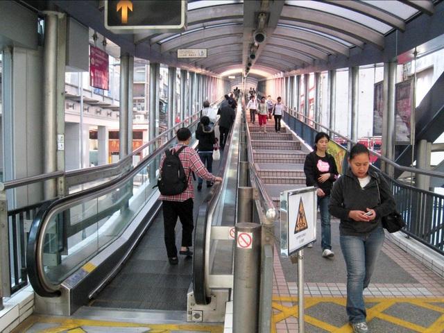 Độc đáo thang cuốn ngoài trời dài nhất thế giới ở Hong Kong - 6