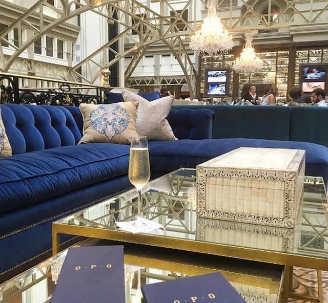Mọi nội thất và thiết kế bên trong khách sạn do con gái ông Trump lựa chọn.