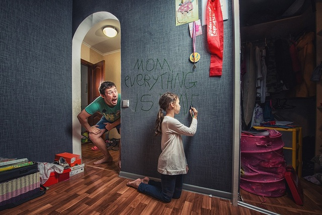 Khoảnh khắc hài hước của hai bố con nhận được sự hưởng ứng từ phía cộng đồng mạng.
