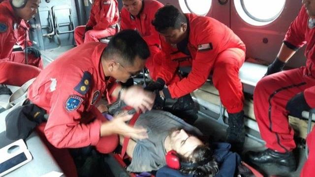 Anh được đội cứu hộ tìm thấy trong tình trạng suy nhược cơ thể trầm trọng
