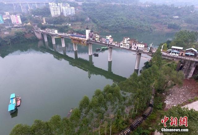 Vẻ đẹp thanh bình trên dòng sông Dương Tử