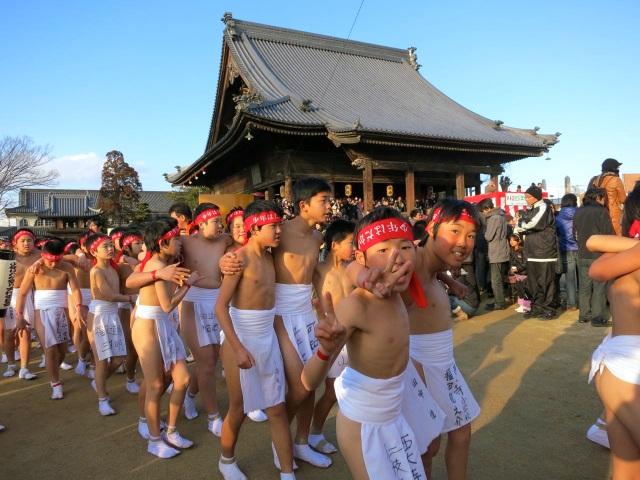 """""""Đỏ mặt"""" với những lễ hội khỏa thân nóng bỏng nhất thế giới - 1"""