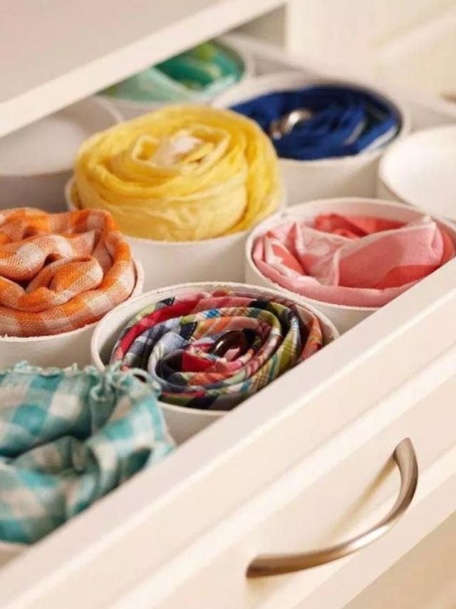 Tận dụng ống nhựa PVC để các món đồ như thắt lưng, khăn quàng cổ.
