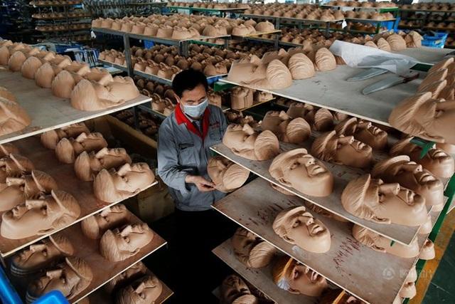 Bên trong một nhà xưởng ở Chiết Giang